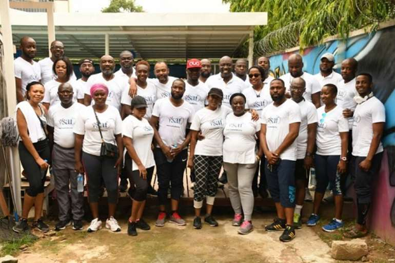 611201853117 particpants pose for a group picture after the inaugural vsaf health and wellness monthly walk