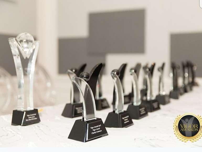 8252019113430 canada awards