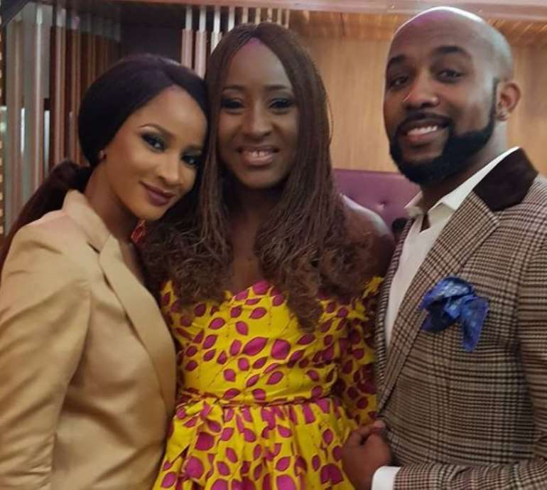 1272017102855 banky w 3