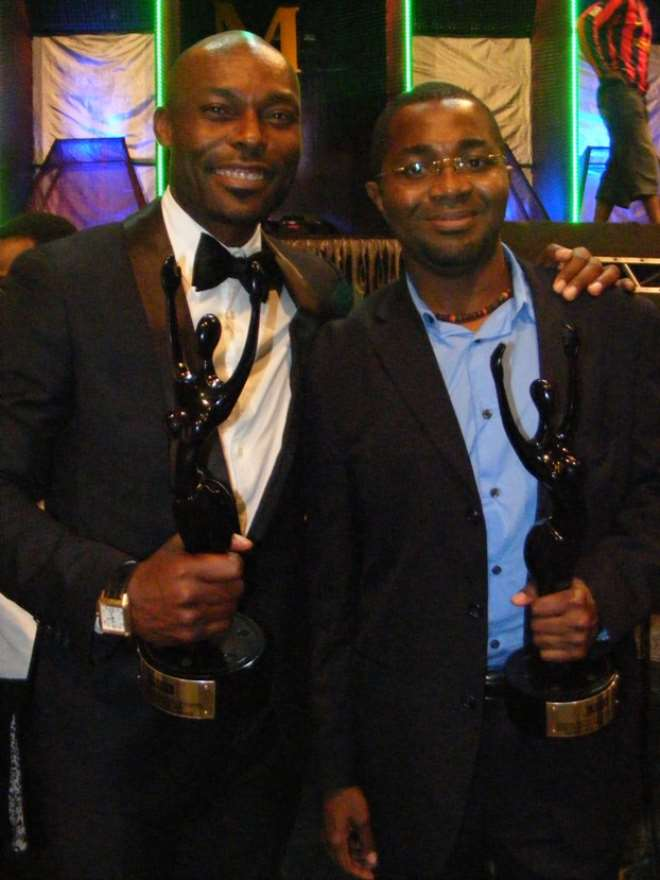 Rahman in glasses with Jimmy Jean-Louis with 2010 AMAA awards.<br>.jpg