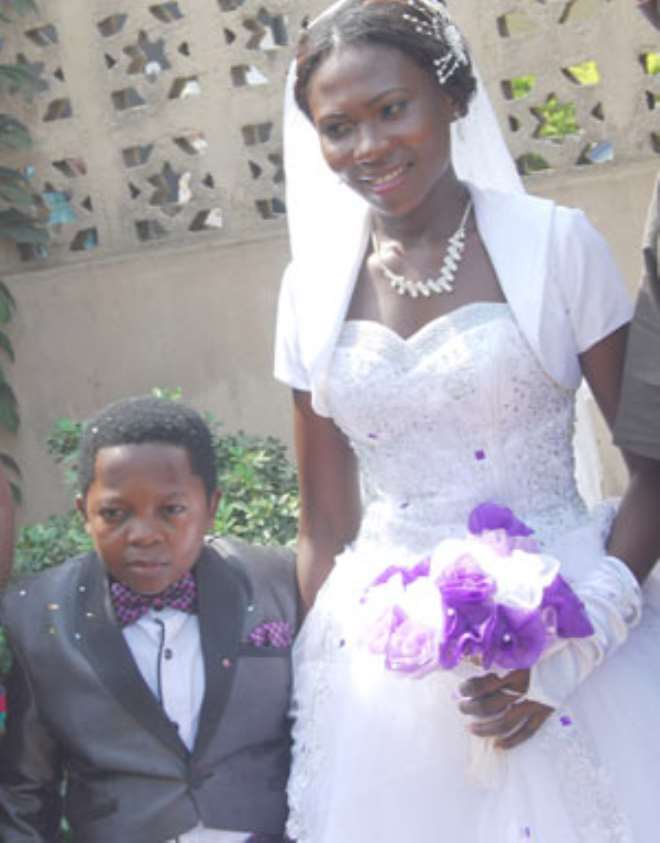 Chinedu Ikeze Aki Become First Nollywood Actor To His Wedding Video