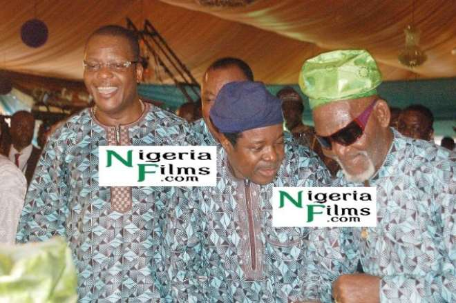 L-R: Sir Shina Peters, King Sunny Ade and the mentor of the celebrant Fatai Rolling Dollar dancing at the occasion.jpg