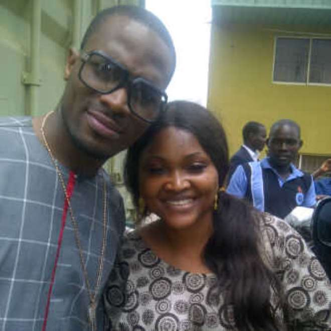 <b>D'Banj at the prayer session with Mercy Aigbe</b>