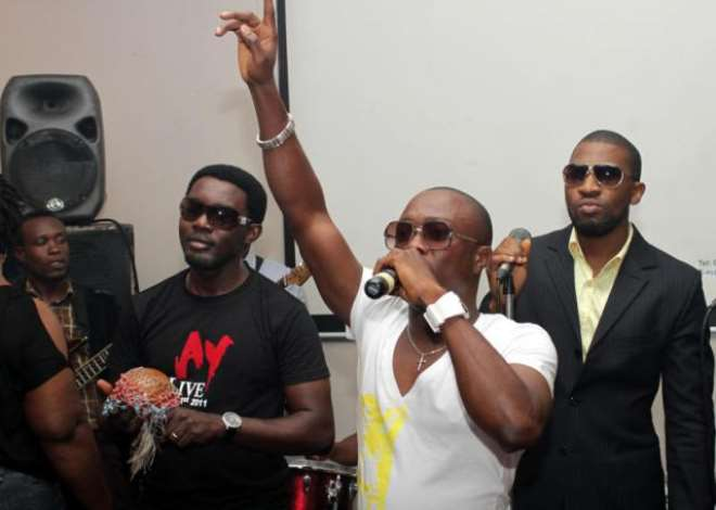 Julius and AY with the band<br>.jpg