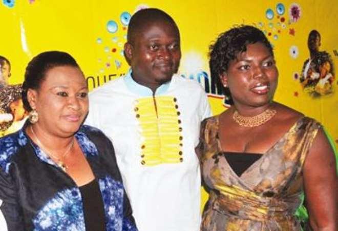 L-R: Actress Rachel Oniga; movie producer, Muyiwa Ademola; and Brand Manager Sunlight, Nike George-Aiyudu