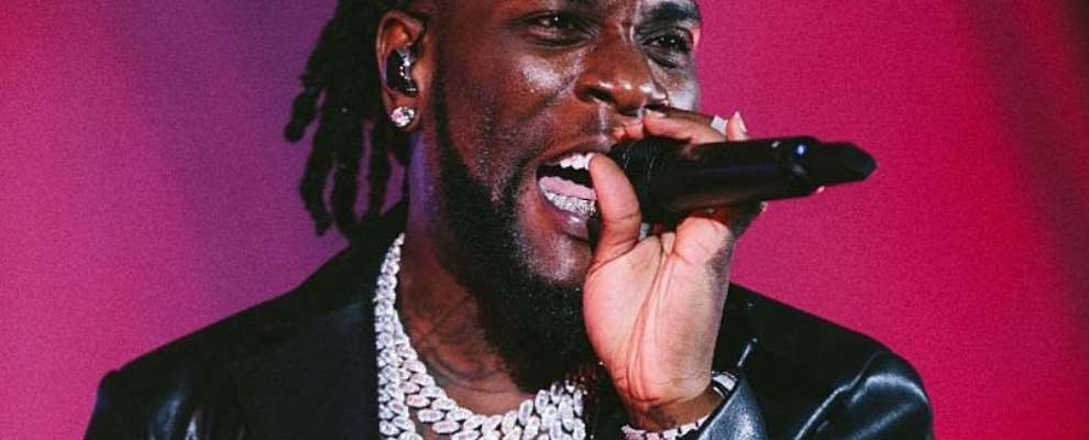 Burna Boy Shuts Down Los Angeles With His Space Drift Arena Tour!