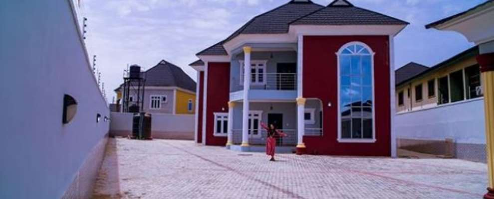 Actress, Mercy Aigbe Acquires Multimillion Naira Mansion