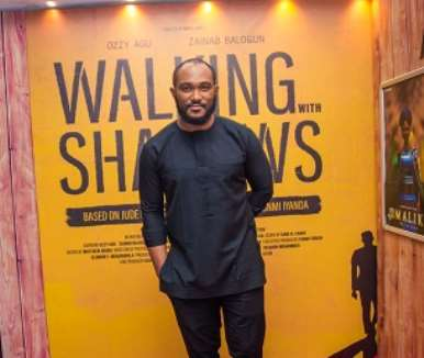 actor blossom chukwujekwu at walking with shadows movie premiere